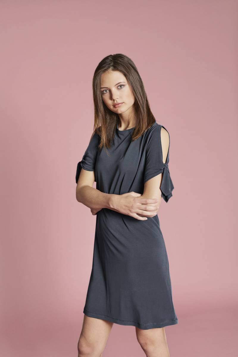 5df636f10e Welche Kleidergröße passt zu mir?   Mode direkt vom Hersteller ...