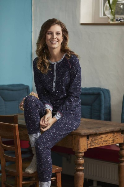 Pyjama mit Knopfleiste